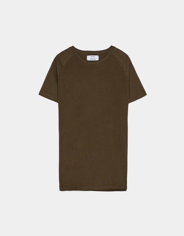 Raglan sleeve T-shirt  - 154 - Yeniden Pazarlama